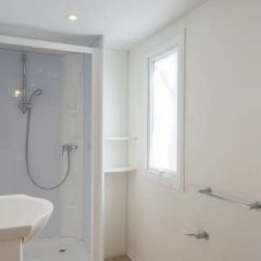 Отель Settebello Village Италия, Фонди - отзывы, цены и фото номеров - забронировать отель Settebello Village онлайн ванная