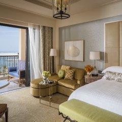 Отель Four Seasons Resort Dubai at Jumeirah Beach комната для гостей