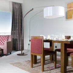 Отель Grand Millennium Al Wahda балкон