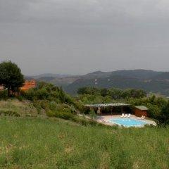 Отель La Foresteria Di San Leo Тито приотельная территория