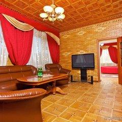 Гостиница Корона Роял комната для гостей фото 4