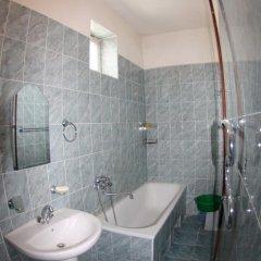 Гостиница Alina в Анапе отзывы, цены и фото номеров - забронировать гостиницу Alina онлайн Анапа ванная фото 2
