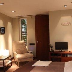 Отель Elegant And Cozy Central Apt • 5' To Athens Metro St Афины комната для гостей фото 2