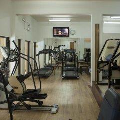 Отель Earl's Regency фитнесс-зал фото 3