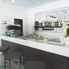 Отель REYT Римини гостиничный бар