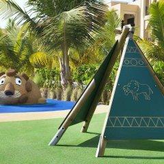 Отель DoubleTree by Hilton Resort & Spa Marjan Island с домашними животными