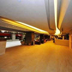 Отель The Salisbury - YMCA of Hong Kong парковка