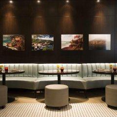 Отель The Langham, New York, Fifth Avenue гостиничный бар