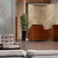 Отель Embassy Suites Montréal by Hilton Канада, Монреаль - отзывы, цены и фото номеров - забронировать отель Embassy Suites Montréal by Hilton онлайн интерьер отеля фото 3