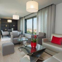 Отель TRYP Lisboa Aeroporto Hotel Португалия, Лиссабон - 9 отзывов об отеле, цены и фото номеров - забронировать отель TRYP Lisboa Aeroporto Hotel онлайн комната для гостей