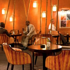 Отель Moorhouse Ikoyi Lagos - Mgallery By Sofitel Лагос гостиничный бар