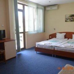 Отель Guesthouse Opal Болгария, Равда - отзывы, цены и фото номеров - забронировать отель Guesthouse Opal онлайн удобства в номере