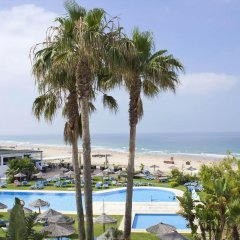 Отель FERGUS Conil Park Испания, Кониль-де-ла-Фронтера - отзывы, цены и фото номеров - забронировать отель FERGUS Conil Park онлайн пляж фото 2