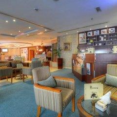 Отель Golden Tulip Al Barsha гостиничный бар