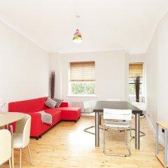 Апартаменты Paula Apartment - Covent Garden - комната для гостей фото 2