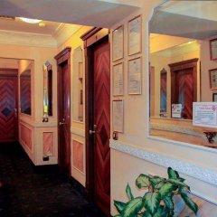 Отель Deluxe Rooms Италия, Рим - отзывы, цены и фото номеров - забронировать отель Deluxe Rooms онлайн интерьер отеля фото 2