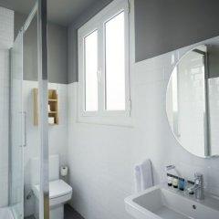 Отель Casa Gracia Barcelona Suites Испания, Барселона - 1 отзыв об отеле, цены и фото номеров - забронировать отель Casa Gracia Barcelona Suites онлайн ванная