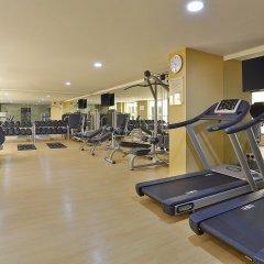 Gateway Hotel фитнесс-зал
