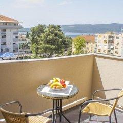 Отель Magnolia Черногория, Тиват - отзывы, цены и фото номеров - забронировать отель Magnolia онлайн балкон