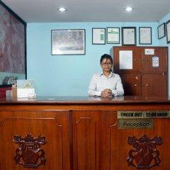Отель Holy Lodge Непал, Катманду - 1 отзыв об отеле, цены и фото номеров - забронировать отель Holy Lodge онлайн интерьер отеля фото 3