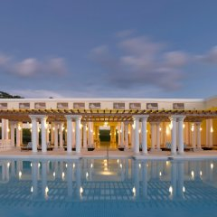 Отель Grand Palladium Lady Hamilton Resort & Spa All Inclusive бассейн