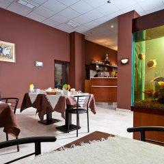 Гостиница Салют Отель Украина, Киев - 7 отзывов об отеле, цены и фото номеров - забронировать гостиницу Салют Отель онлайн питание фото 3