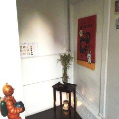 Отель Padi Madi Guest House Бангкок интерьер отеля фото 3