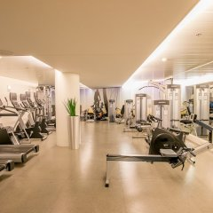 DoubleTree by Hilton Hotel Amsterdam Centraal Station фитнесс-зал фото 2