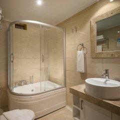 Dogan Hotel by Prana Hotels & Resorts Турция, Анталья - 4 отзыва об отеле, цены и фото номеров - забронировать отель Dogan Hotel by Prana Hotels & Resorts онлайн ванная