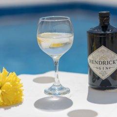 Отель Narcissos Bay View Villa Кипр, Протарас - отзывы, цены и фото номеров - забронировать отель Narcissos Bay View Villa онлайн гостиничный бар