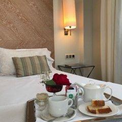 Hotel Entredos в номере