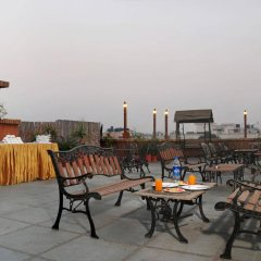 Отель OYO 9761 Hotel Clark Heights Индия, Нью-Дели - отзывы, цены и фото номеров - забронировать отель OYO 9761 Hotel Clark Heights онлайн бассейн фото 2