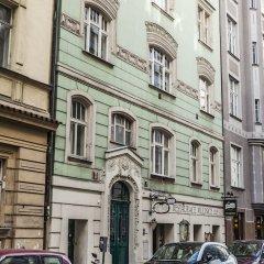 Отель The Emerald