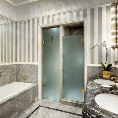 Отель The St. Regis New York США, Нью-Йорк - отзывы, цены и фото номеров - забронировать отель The St. Regis New York онлайн ванная