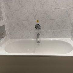 Отель Piries Hotel Великобритания, Эдинбург - отзывы, цены и фото номеров - забронировать отель Piries Hotel онлайн ванная фото 2