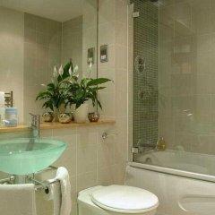 Отель Atrium By Bridgestreet Манчестер ванная
