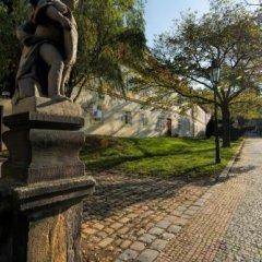 Отель Prague Loreta Residence Чехия, Прага - отзывы, цены и фото номеров - забронировать отель Prague Loreta Residence онлайн приотельная территория