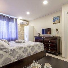 Отель Palace Queen Mary Luxury Rooms комната для гостей фото 4