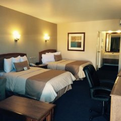Отель Best Western Cumbres Inn Cd. Cuauhtémoc комната для гостей фото 2