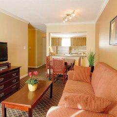 Отель Robson Suites Канада, Ванкувер - отзывы, цены и фото номеров - забронировать отель Robson Suites онлайн комната для гостей фото 2