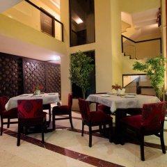 Отель The Pearl - A Royal Residency Индия, Нью-Дели - отзывы, цены и фото номеров - забронировать отель The Pearl - A Royal Residency онлайн питание