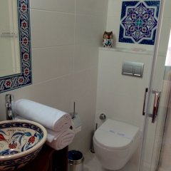 Hotel Mary's House Сельчук ванная