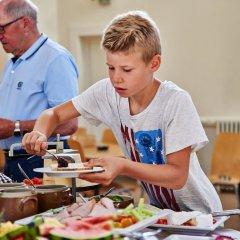 Отель Danhostel Aarhus Дания, Орхус - отзывы, цены и фото номеров - забронировать отель Danhostel Aarhus онлайн питание фото 3