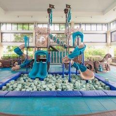 Отель Crimson Resort and Spa Mactan Филиппины, Лапу-Лапу - 1 отзыв об отеле, цены и фото номеров - забронировать отель Crimson Resort and Spa Mactan онлайн фитнесс-зал фото 3