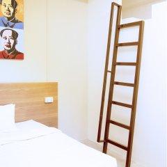 Отель 5footway.inn Project Ann Siang удобства в номере