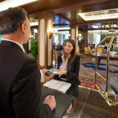 Отель Abano Ritz Hotel Terme Италия, Абано-Терме - 13 отзывов об отеле, цены и фото номеров - забронировать отель Abano Ritz Hotel Terme онлайн гостиничный бар