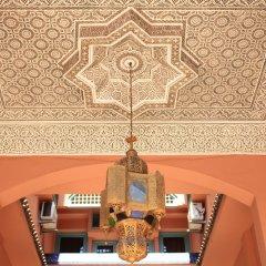El Hamra Hotel гостиничный бар