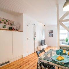 Апартаменты Rose Duplex Apartment 5E Лиссабон в номере