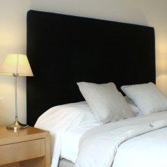 Отель Art Suites комната для гостей