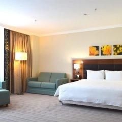 Гостиница Hilton Garden Inn Красноярск комната для гостей фото 6